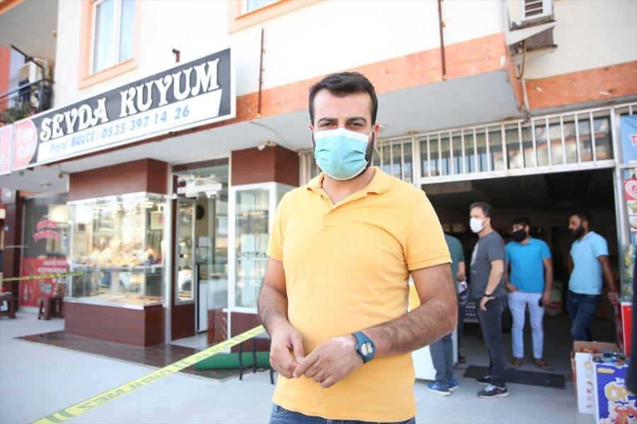 Antalya'da Silahlı Kuyumcu Soygunu