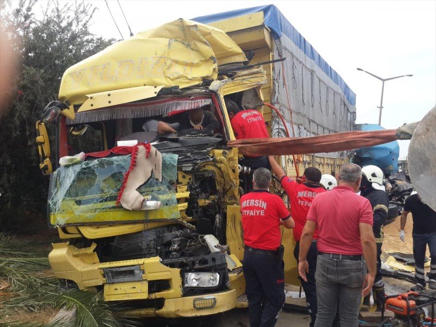 Mersin'de Zincirleme Trafik Kazası: 2 Yaralı