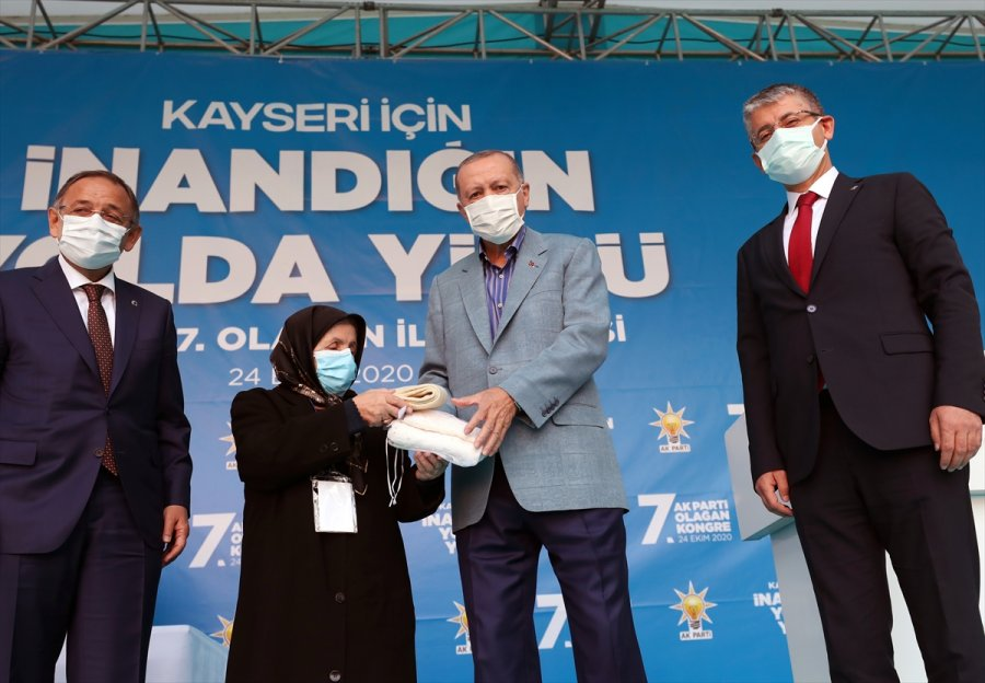 Cumhurbaşkanı Erdoğan, Ak Parti Kayseri 7. Olağan İl Kongresi'nde Konuştu: (1)