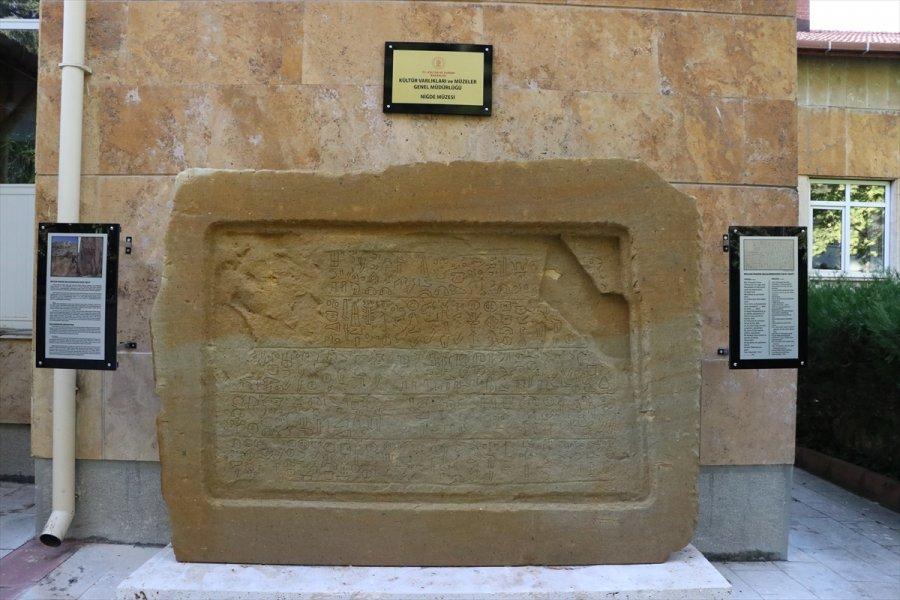 Bolkarlar'daki Maden Yazıtının Replikası Niğde Müzesinde Sergilenmeye Başlandı