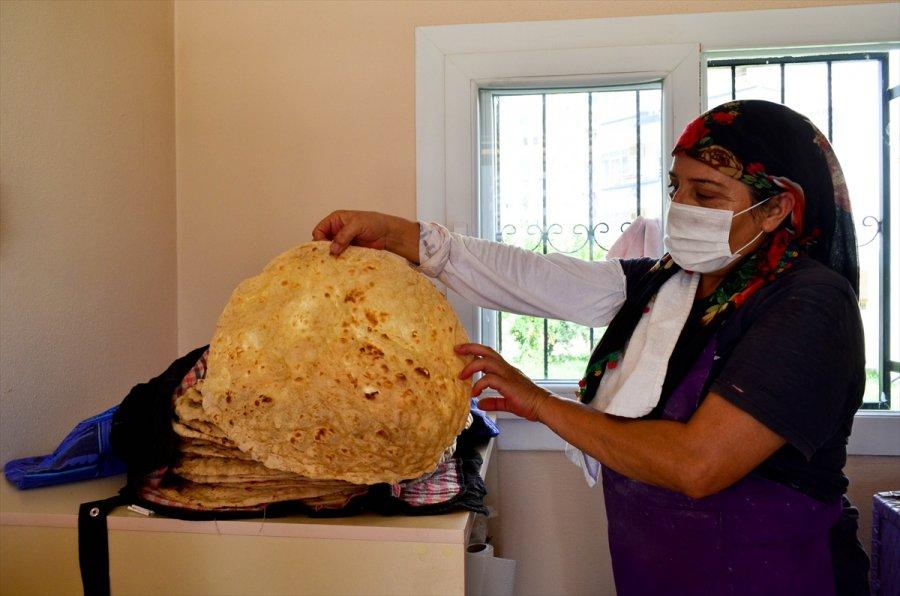 Mersin'de Kadınlar Tandır Evleriyle Aile Bütçesine Katkı Sağlıyor