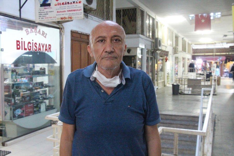 Antalya'da Araç Kiralamak İsterken Dolandırıldığını İddia Eden Emekli Yarbay Şikayetçi Oldu
