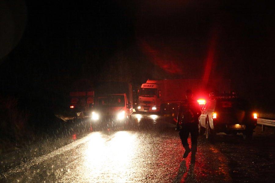 Güncelleme 6 - Mersin'de Çıkan Orman Yangınına Müdahale Ediliyor