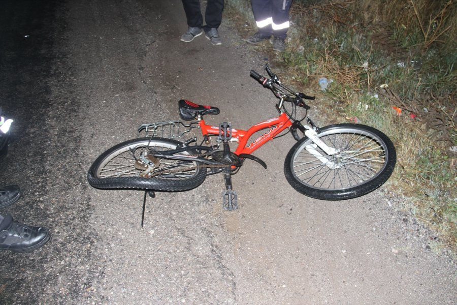 Konya'da Otomobilin Çarptığı Bisikletli Çocuk Öldü