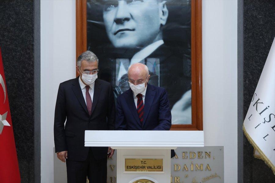 İçişleri Bakan Yardımcısı Erdil, Eskişehir Valisi Ayyıldız'ı Ziyaret Etti