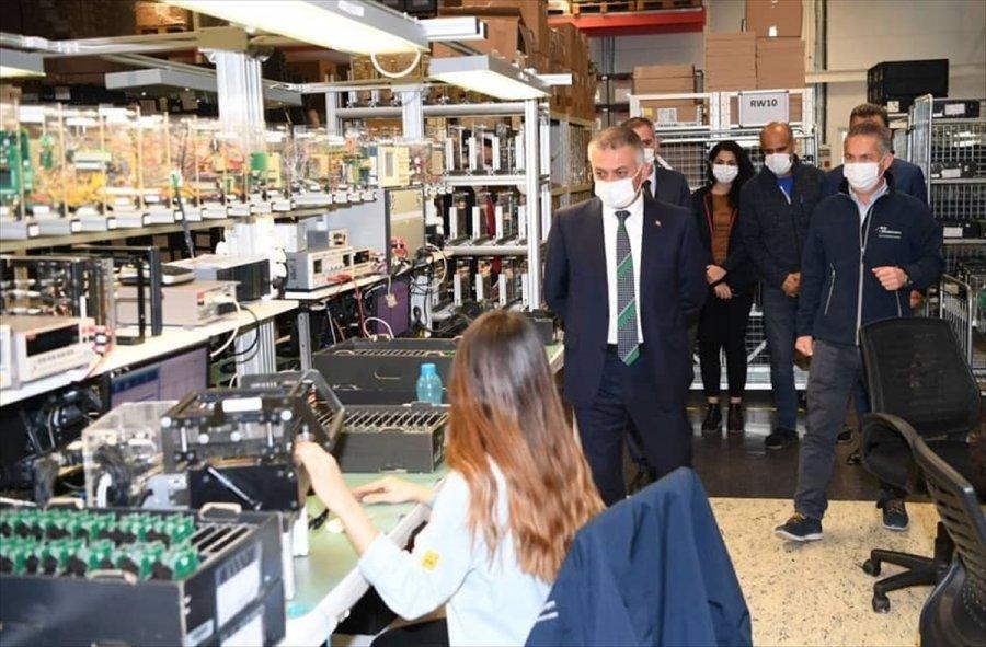 Antalya Valisi Ersin Yazıcı, Serbest Bölge'deki Firmaları Ziyaret Etti: