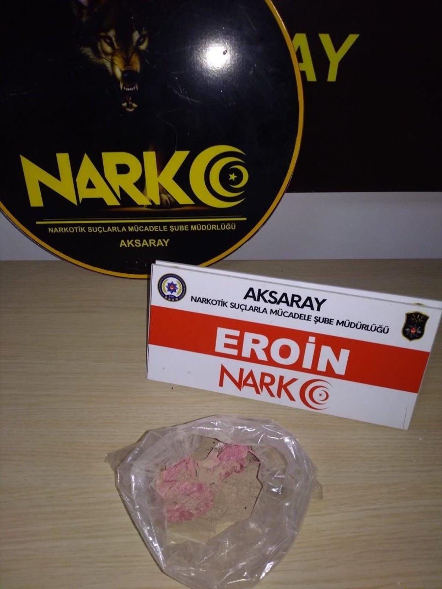 Aksaray'da Uyuşturucu Sattıkları İddiasıyla Yakalanan 2 Şüpheli Tutuklandı