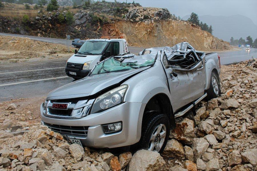 Akseki'de Takla Atan Cipin Sürücüsü Yaralandı