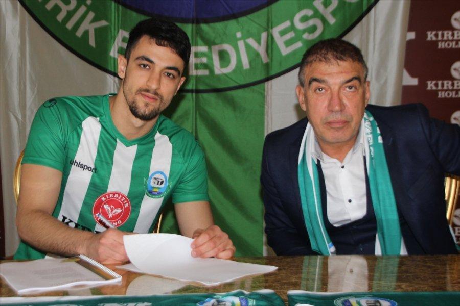 Serik Belediyespor Forvet Oyuncusu Berke Doğukan Önde İle Anlaştı