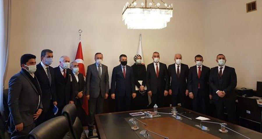 Güdül, Ayaş Ve Nallıhan Belediye Başkanlarından Bakan Pakdemirli'ye Ziyaret