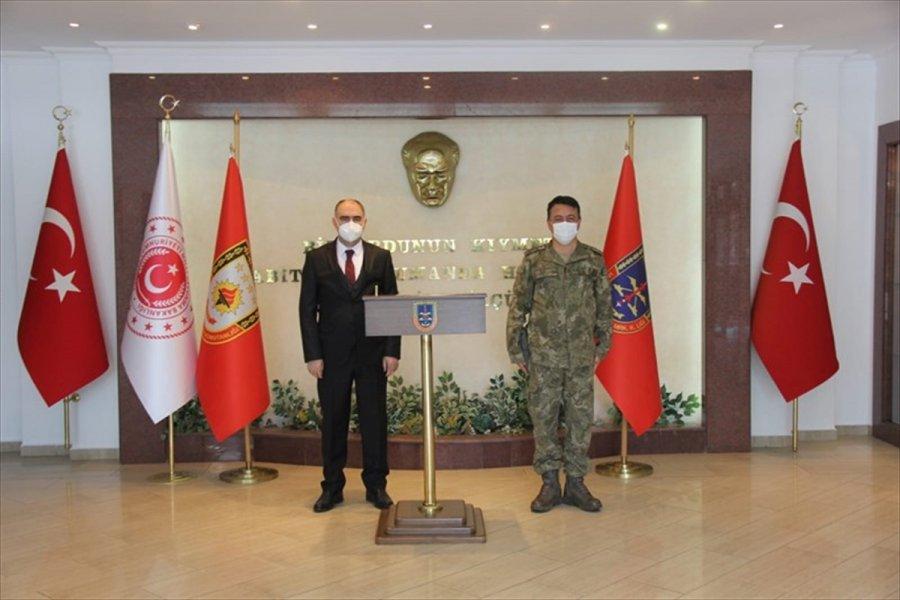 Vali Özkan'dan Askeri Okul Ve Komutanlıklarda İnceleme