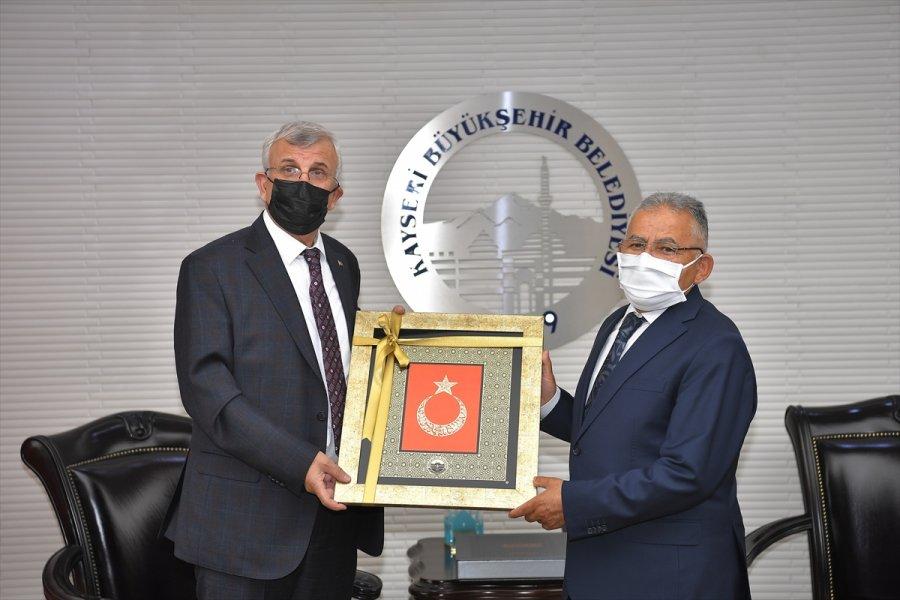 Sağlık Bilimleri Üniversitesi Rektörü Erdöl'den Büyükkılıç'a Ziyaret