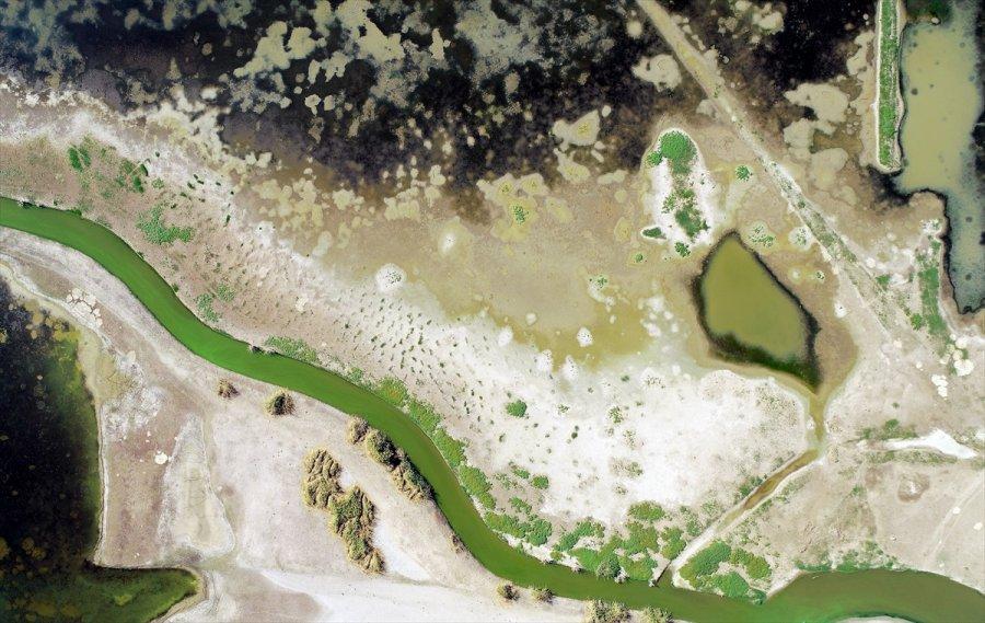 Konya'da Kuraklığın Etkisiyle Birçok Baraj, Göl Ve Gölet Dip Seviyeleri Gördü