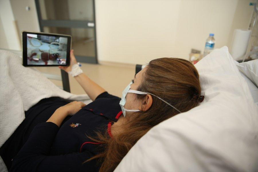 Eskişehir'de Kovid-19 Tedavisi Gören Anne, Yeni Doğan Bebeğini Tabletten İzledi