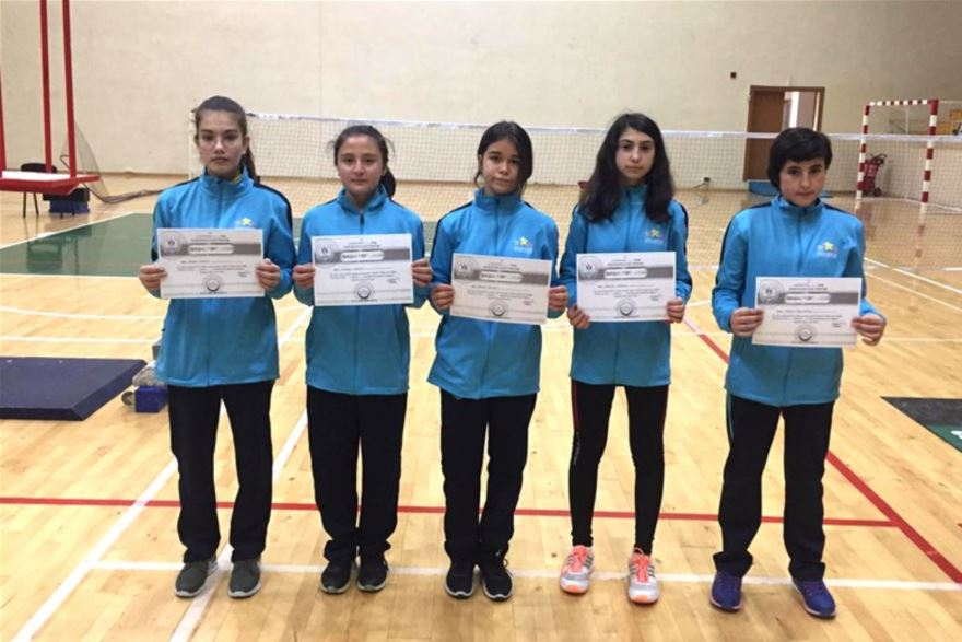 karaman-badminton-analig-1.jpg